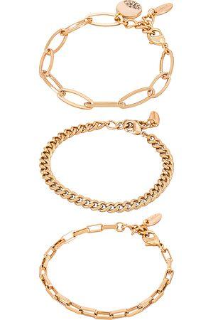 Ettika Chain Bracelet Set in Metallic .