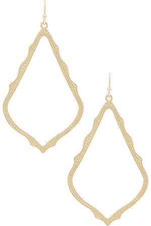 Kendra Scott Sophee Earrings in Metallic .