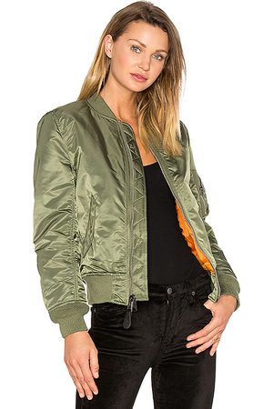 Alpha Industries MA-1 W Bomber in Green.