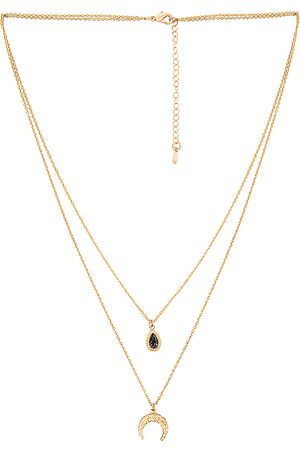 Amber Sceats Layered Pendant Necklace in Metallic .
