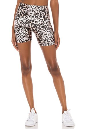 Onzie 5 Biker Short in Brown.