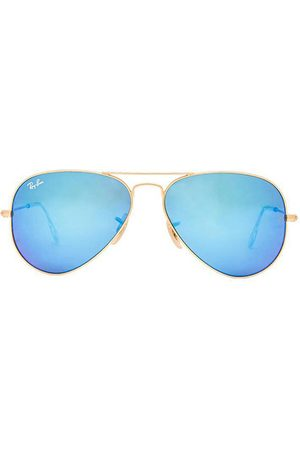 Ray-Ban Aviator Flash in Blue.