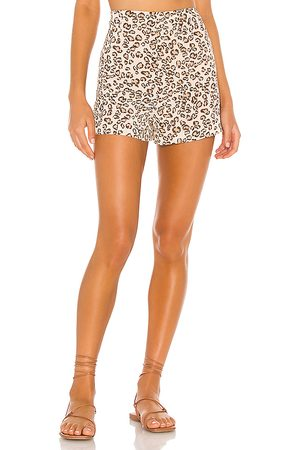 L'Academie The Betina Short in Brown.