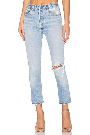 RE/DONE Levis High Rise Ankle Crop in Blue.