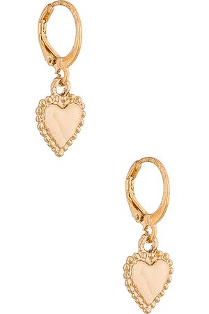 petit moments Heart Mini Charm Earring in Metallic .