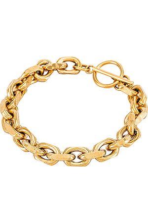 ELLIE VAIL Maddox Toggle Chain Bracelet in Metallic .