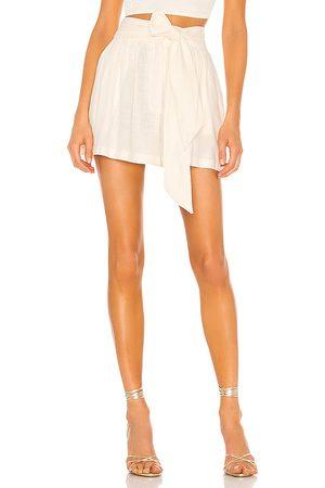 MISA Callae Shorts in Cream.