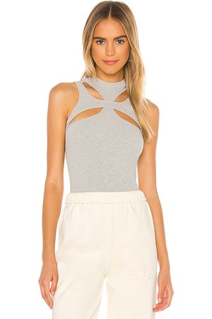 superdown Grayson Cut Out Top in Light .