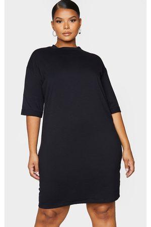 PRETTYLITTLETHING Plus Oversized Boyfriend Short Sleeve T Shirt Dress