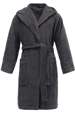Tekla Men Bathrobes - Hooded Organic-cotton Terry Bathrobe - Mens - Dark Grey