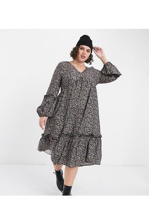 In The Style X Jac Jossa midi smock dress in small floral print-Multi