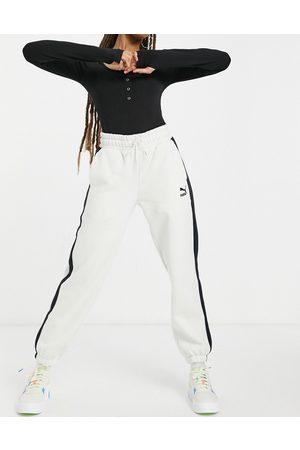 PUMA Classics T7 track pants in off
