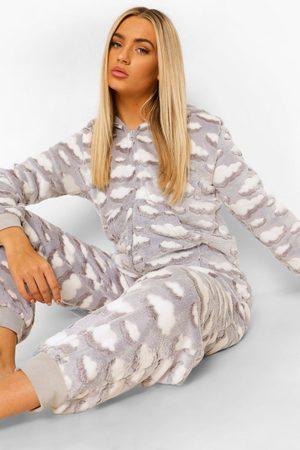 Boohoo Womens Cloud Print Luxury Fleece One Piece - - S