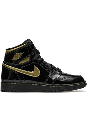 "Nike TEEN Air Jordan 1 Retro High OG "" Metallic Gold"" sneakers"