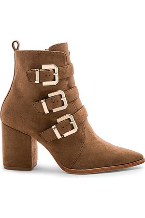 Raye X House Of Harlow 1960 Doute Boot in Taupe.