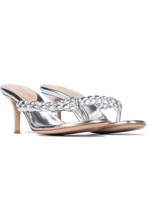 Gianvito Rossi Exclusive to Mytheresa – Tropea 70 leather thong sandals