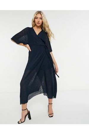 Liquorish Wrap midi crinkled dress in navy
