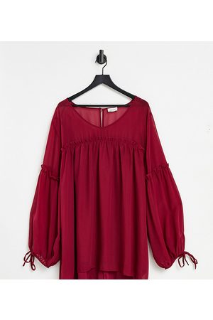 Yours Smock blouse with pleat detail in berry