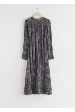 & OTHER STORIES Pleated Belted Floaty Maxi Dress