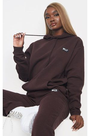 PRETTYLITTLETHING Tall Chocolate Badge Detail Oversized Hoodie