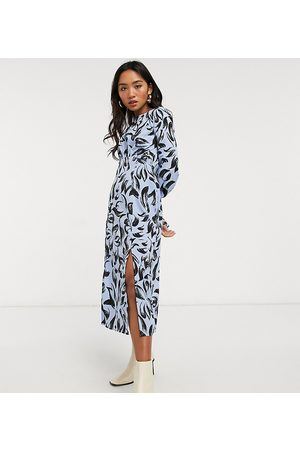 Influence Influence Petite abstract print midi dress in cornflower blue-Blues