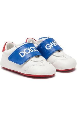 Dolce & Gabbana Logo strap sneaker-style pre-walkers