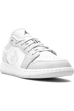 Nike TEEN Air Jordan 1 Low SE GS sneakers