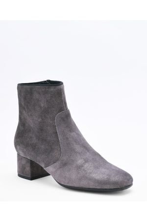 Kanna Bunny Iman Suede Boots