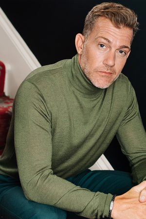 Mr Q CAINE - Silk and Cashmere Blend Rollneck Sweater - Olive
