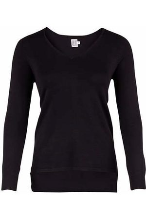 Saint Tropez V Neck Jumper R2503