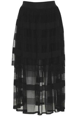 AJ117 Tulle Skirt