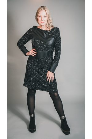 Elsewhere Clothing ELSEWHERE ADELE DOT FITTED FLEECE & FAUX LEATHER DRESS
