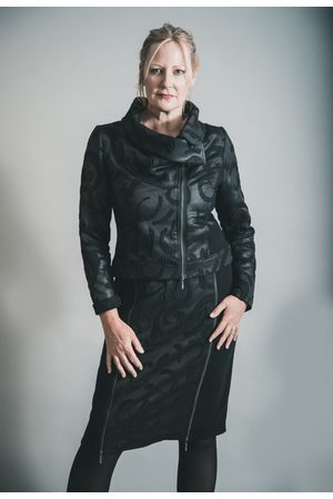 Elsewhere Clothing Women Skirts - ELSEWHERE HANTAS LAKE ZIP STRAIGHT SKIRT