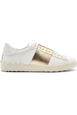 VALENTINO GARAVANI Men Sneakers - Rockstud Untitled Leather Trainers - Mens - Multi