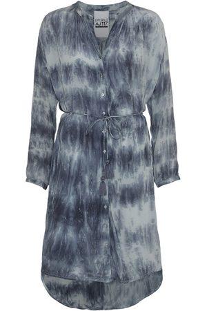 AJ117 Parker Dress - Indigo Mint