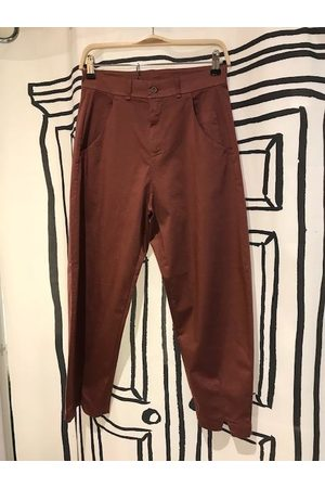 TRANSIT PAR-SUCH Out of The Ordinary Trousers in Burgundy