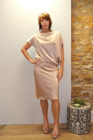Roisin Linnane Louise Dress in Old Rose Shimmer