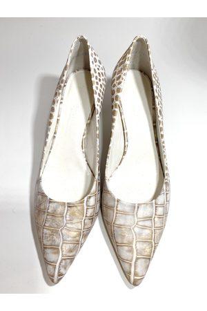 Kennel & Schmenger Enney Kitten Heel Court Shoes Icey Kroko 31-64600-324