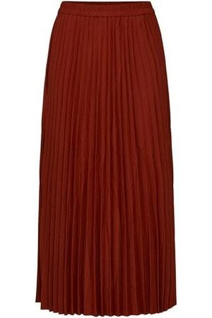 Selected SLFAlexis Pleated Skirt in Paprika