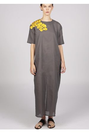 MARAINA LONDON ENIA embroidered maxi cotton dress in grey