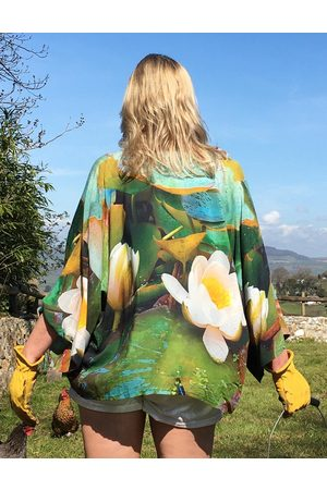 From My Mother's Garden LIGHTWEIGHT KIMONO WATERLILY