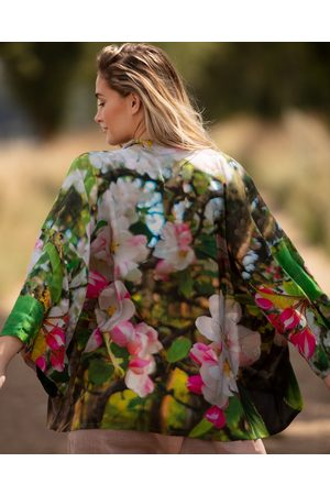 From My Mother's Garden Women Kimonos - BLOSSOMING KIMONO