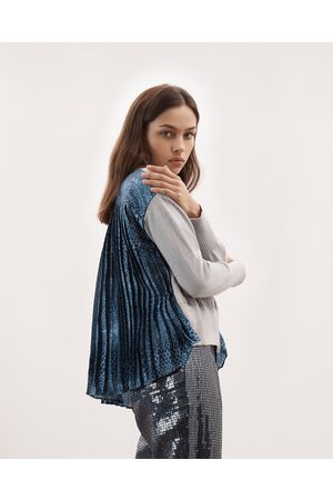 Izaak Azanei Grey Blue Print Silk Back Sweater