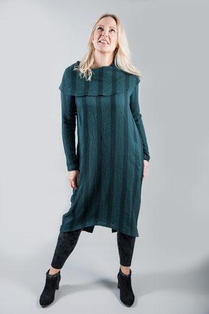 Elsewhere Clothing ELSEWHERE DRESS B-YIKAMA PETROL