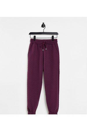 ASOS Sweatpants - ASOS DESIGN Petite quilted sweatpants in aubergine