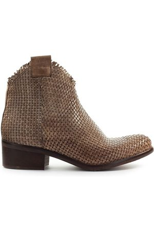 Zoe WOMEN'S NEVADA01 LEATHER ANKLE BOOTS