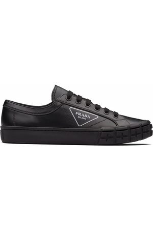 Prada MEN'S 2EG302A21F0002 LEATHER SNEAKERS