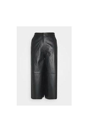 Oakwood Meghan Trouser in Black