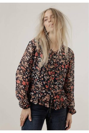 LILY AND LIONEL OUTLET Lily & Lionel Gina Jasmine Floral Poplin Top Colour: