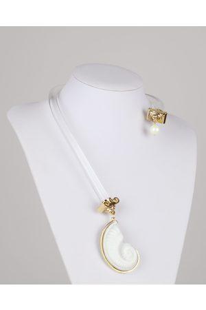 Gissa Bicalho Acrylic Tarugo Shell Necklace
